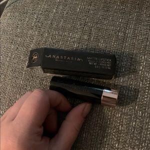 Anastasia matte lipstick